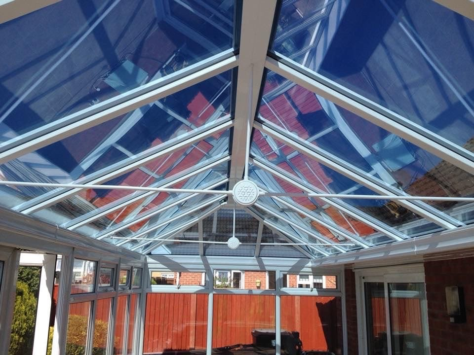 Folding doors in Staiside Court