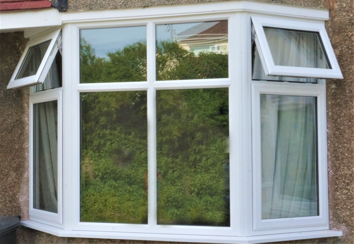 Casement windows in Ravenscraig