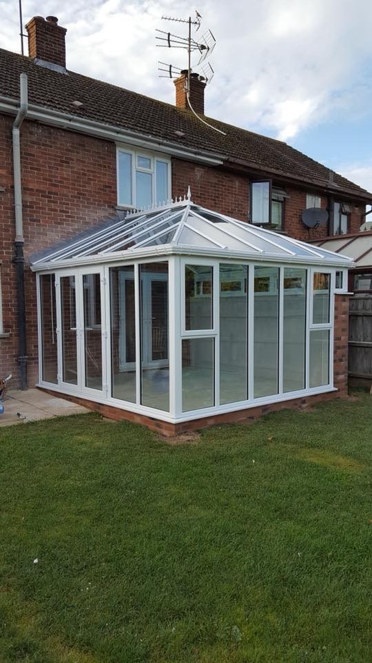 Folding doors in Perry Crofts