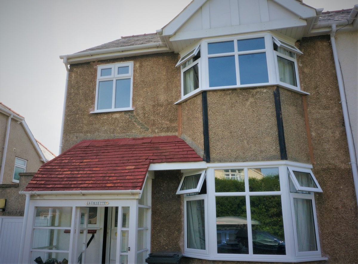 Casement windows in Rosemarket
